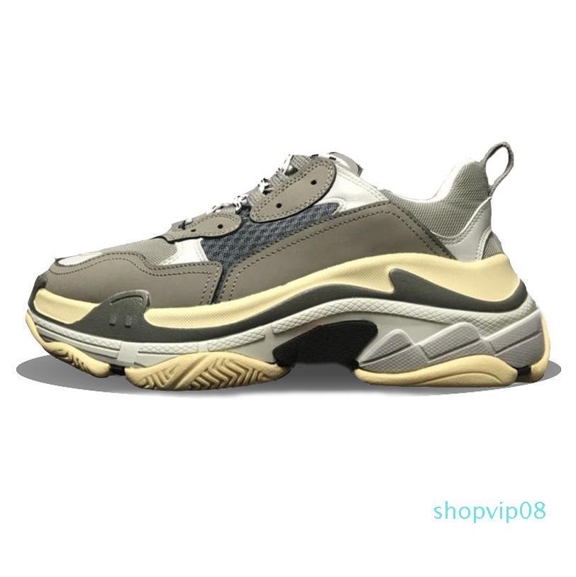 Triple-s designer di Parigi 17FW triple s Sneakers per gli uomini delle donne di colore rosso bianco verde casual sneakers papà scarpe da tennis crescenti 36-45 R150