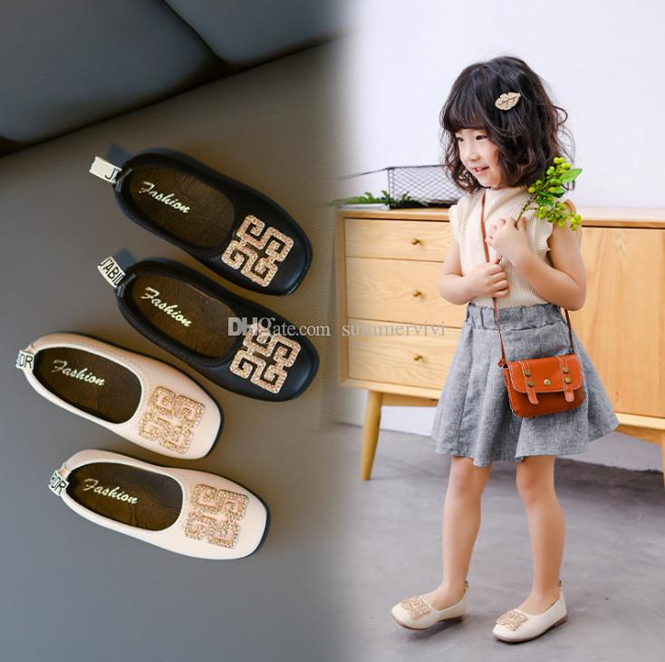Kids shoes girls rhinestones bucket PU leather princess single shoes 2019 new girls non-slip flat shoes children's day party dance shoe F839