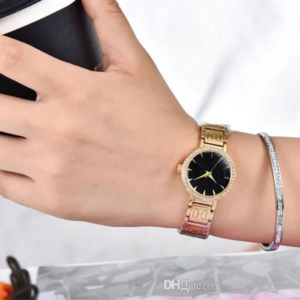 Luxuy senhoras da qualidade de moda marca de topo inoxidável relógio de aço bule vida simples tendência à prova de água por atacado cheia de diamantes novos relógios U1 Fábrica