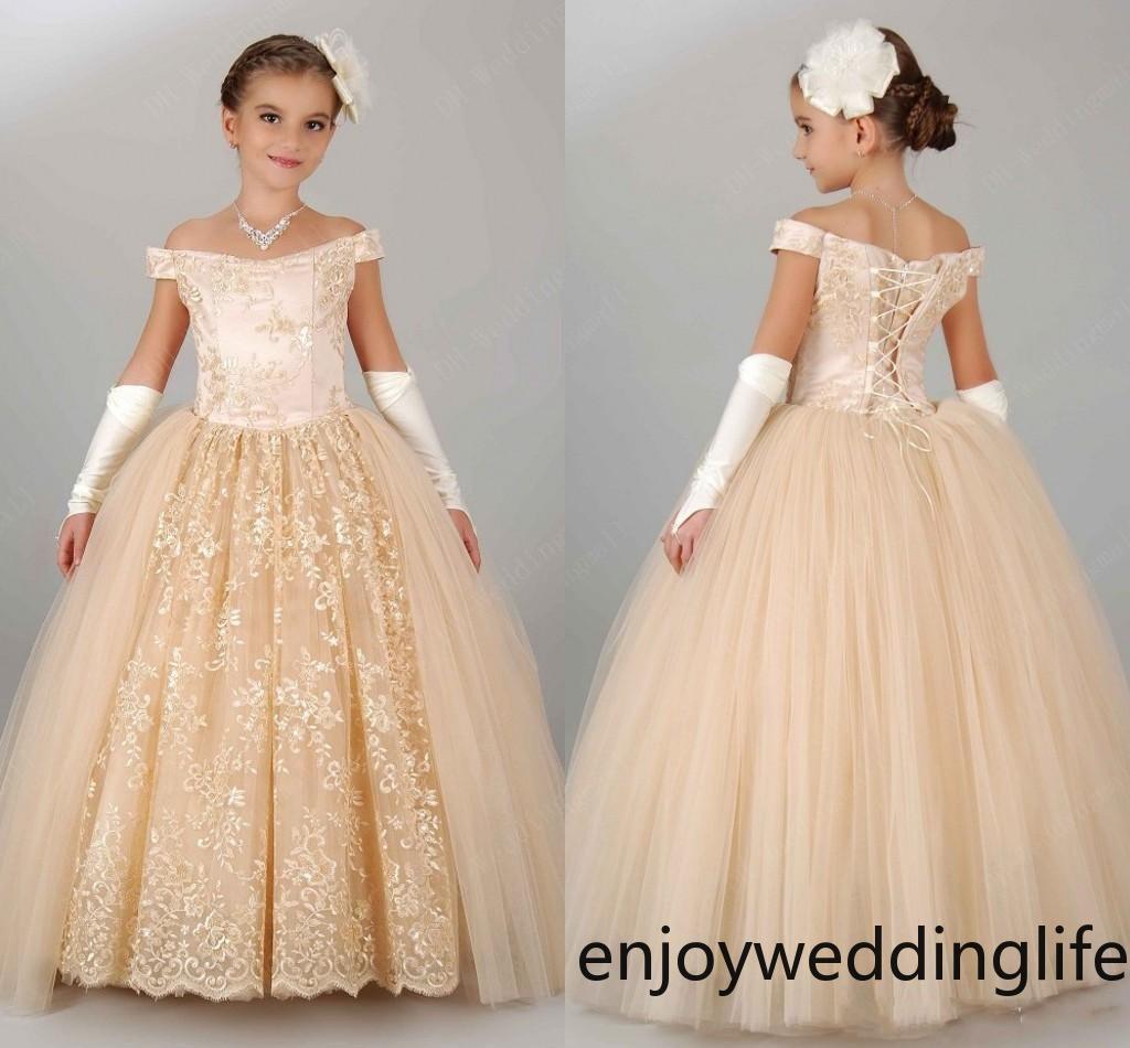 Nouvelle plage robes fille fleur blanche Ivoire Boho robe de première communion pour petite fille à encolure en V à manches longues A-ligne pas cher Robe de mariée enfants