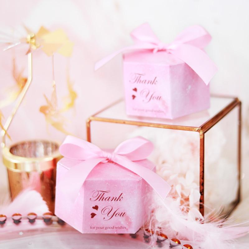 Kreative Rosa Hexagon Hochzeit Gunsten Pralinenschachtel DIY Papier Geschenkbox Baby Shower Hochzeit Pralinen Süße Geschenke Taschen Lieferungen
