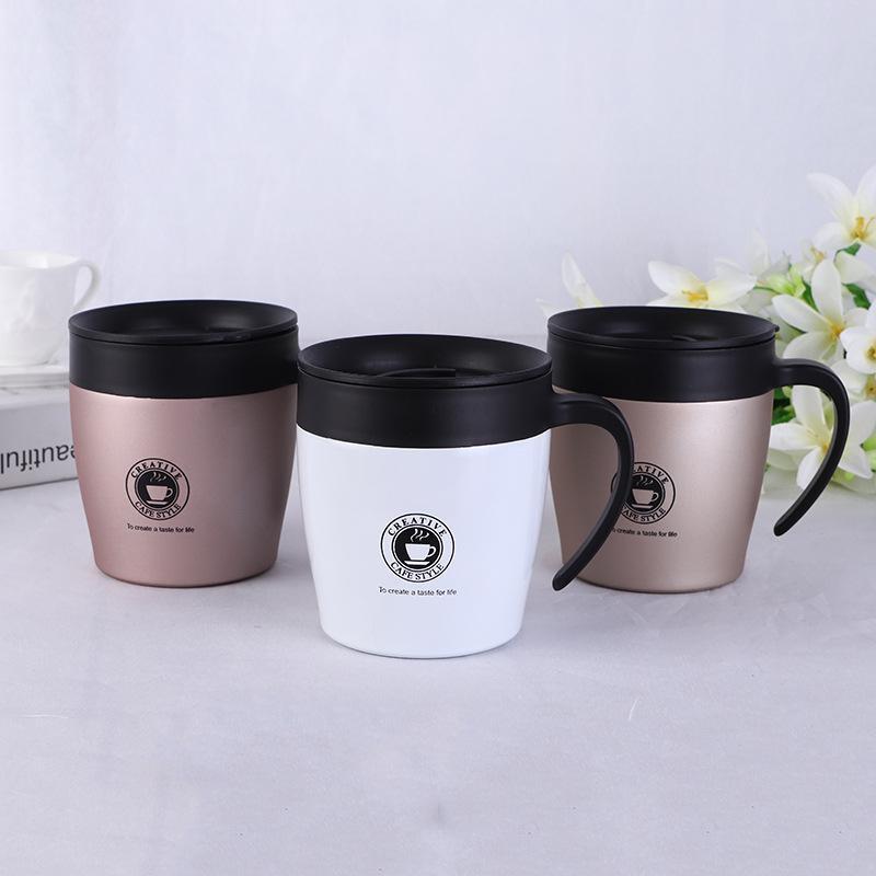 Tazze di birra di vuoto di tazze di caffè dell'acciaio inossidabile di 300ml Tazze di birra con le tazze di acqua del vino del cucchiaio dei coperchi