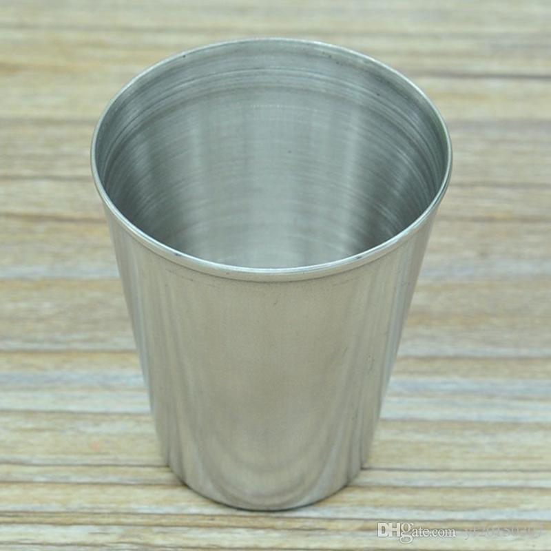 Tazas de acero inoxidable de 2 oz, vasos pequeños, tragos para whisky, vino, al aire libre, utensilios prácticos