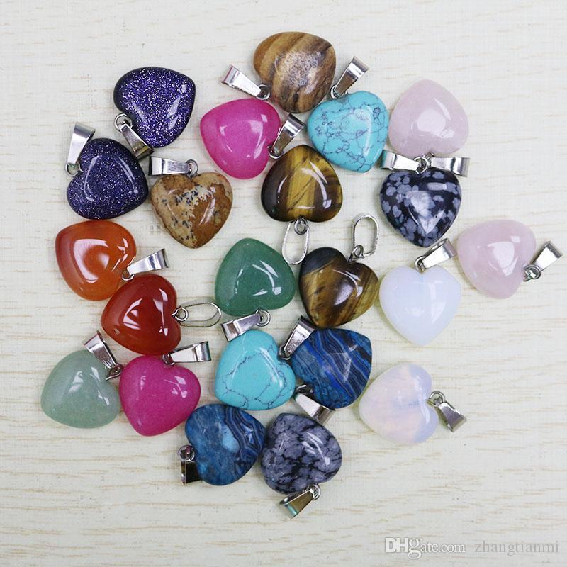 Los encantos calientes aman la forma del corazón piedra natural piedra mezclada cuentas colgantes para el pendiente y el collar DIY joyería que hace para las mujeres regalo libre