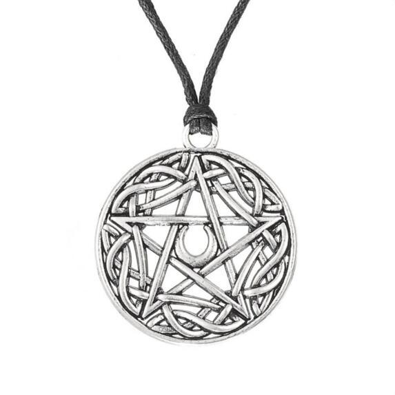 Religious Jewelry Antique Silver Plated Religious Knot Moon Pentacle Pendant Necklace for Man and Woman
