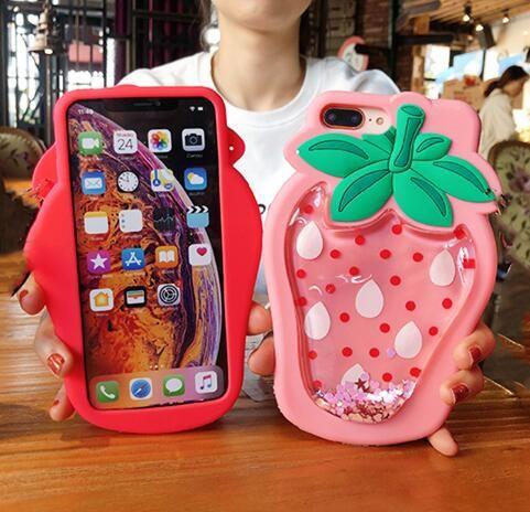 Caso de silicona suave de dibujos animados 3D del brillo líquido flotante Piña Fresa de teléfono para el iPhone 11 Pro XR XS Max X 8 7 Plus Cubierta