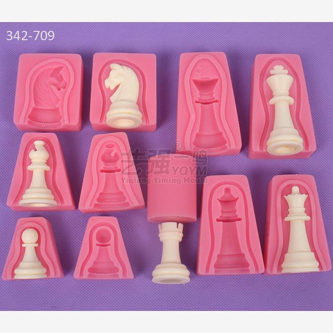 12pcs / set 국제 체스 킹 여왕 기사 루크 전당포 비숍 양면 퐁당 케이크 초콜릿 몰드 주방 베이킹 E337 Q190524