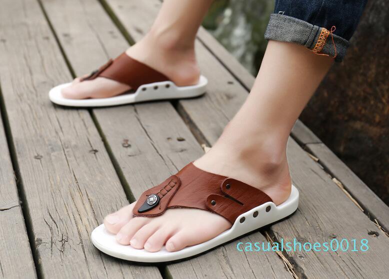 Cuero de vaca verano sandalias flip flops transpirable hombres de moda de estilo masculino Beach Non-deslizante hombres hecho a mano zapatillas Nueva llegada c18