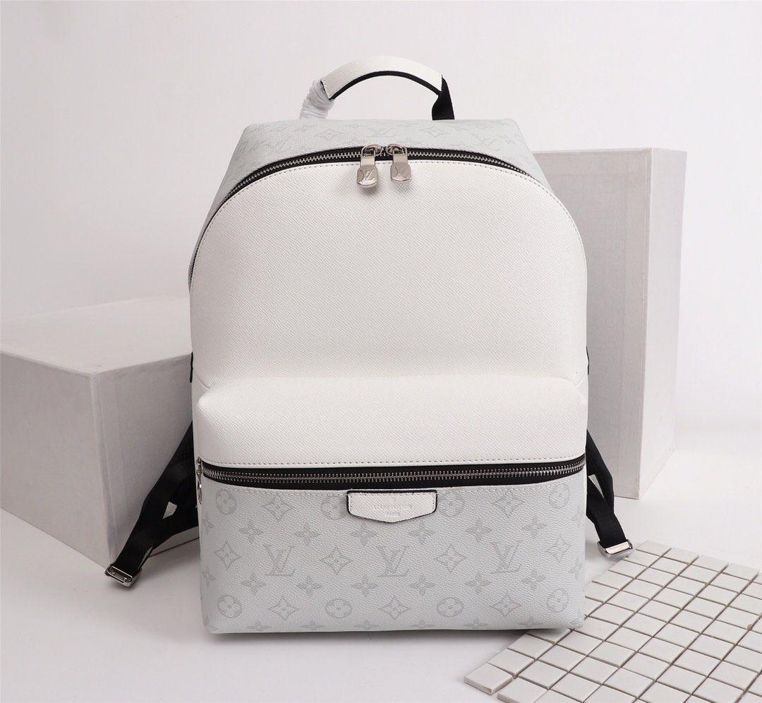 Usine de gros 2019 nouveau sac à main sac chaîne enveloppe en cuir synthétique motif en croix épaule Messenger Sac Fashionista 37 * 40 * 20cm00001