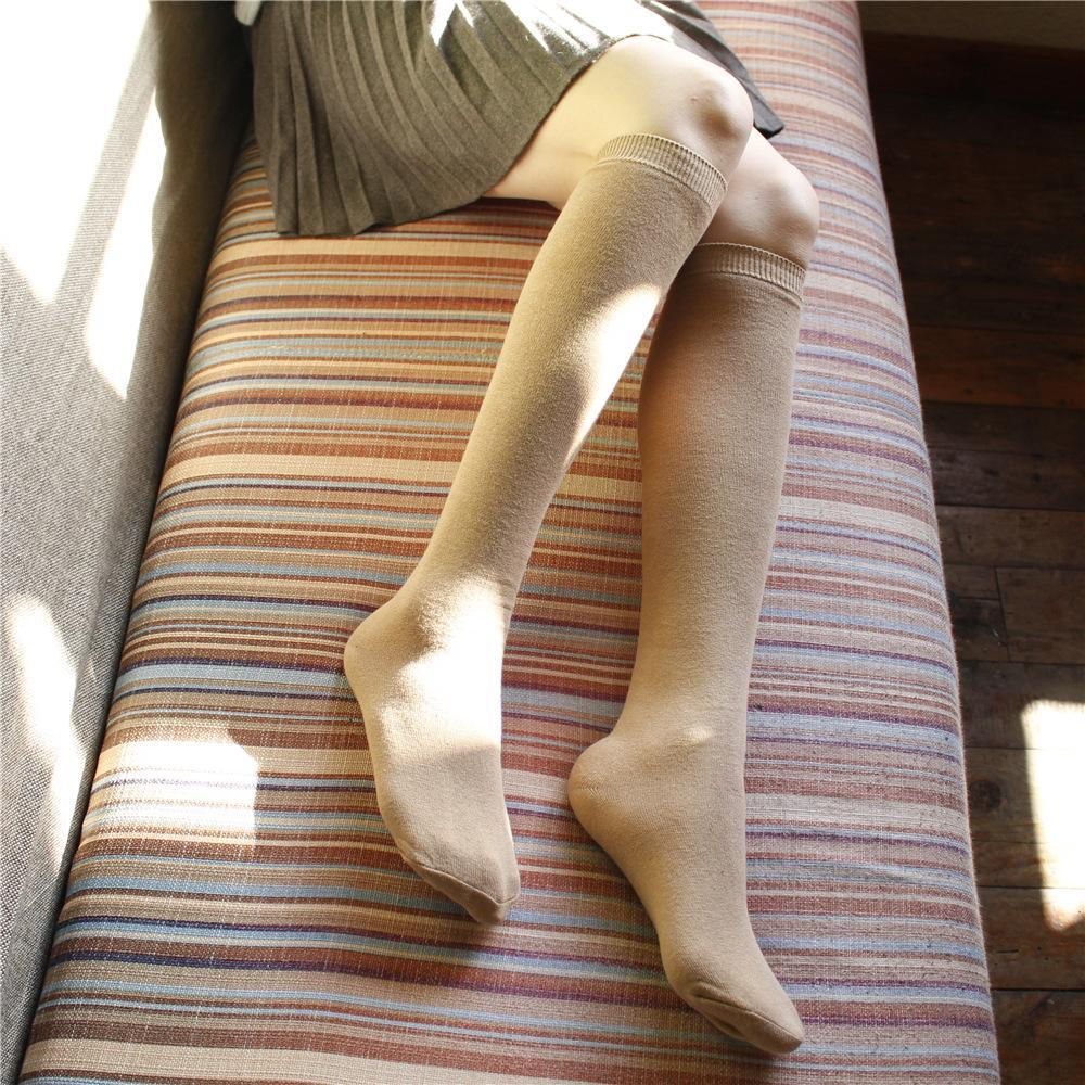 Şık ve sade Düz kneestockings Japon ve Kore çorap pamuk dana çorap orta uzun tüp düz renk yüksek tüp socks969