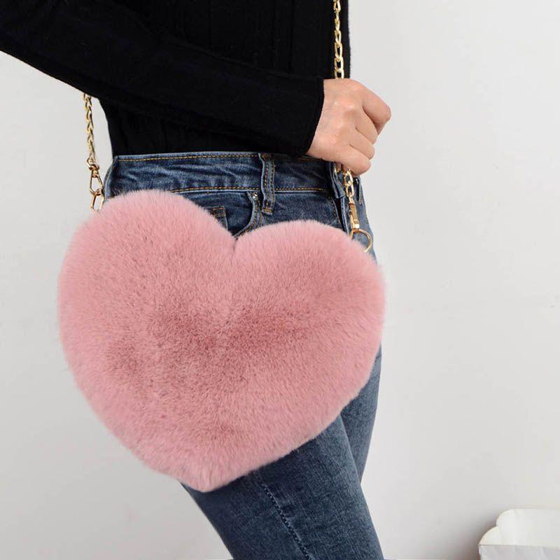 Cuore a forma di spalla femminile di Crossbody Bag 2020 di nuova alta qualità della pelliccia del Faux della borsa della catena signora Handbag