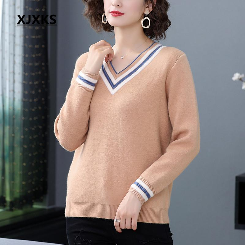 donne XJXKS 2020 molla V-collo di nuovo modo allentato più il formato maglione di alta qualità cachemire calda lavorata a maglia maglione donne pullover
