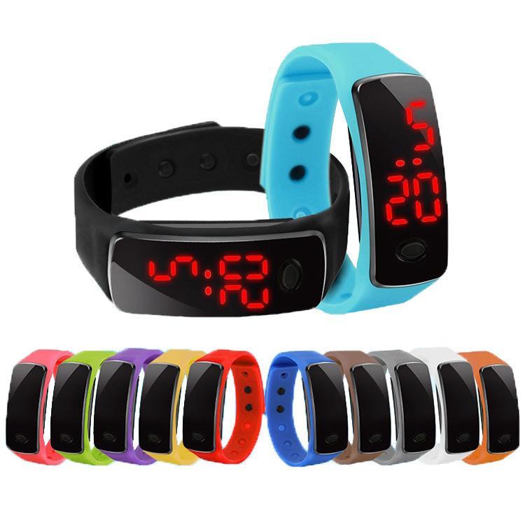 الرياضة LED الساعات حلوى الهلام الرجال والنساء سيليكون المطاط اللمس شاشة رقمية سوار المعصم