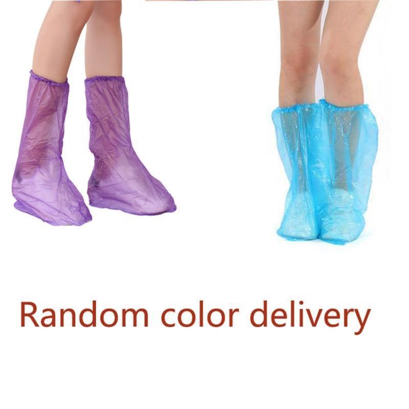 10/50 / 100pcs Vente chaude couvre-chaussures Bottes couverture Thicken extérieure Nettoyage Tapis jour de pluie de chaussures en plastique imperméable couverture