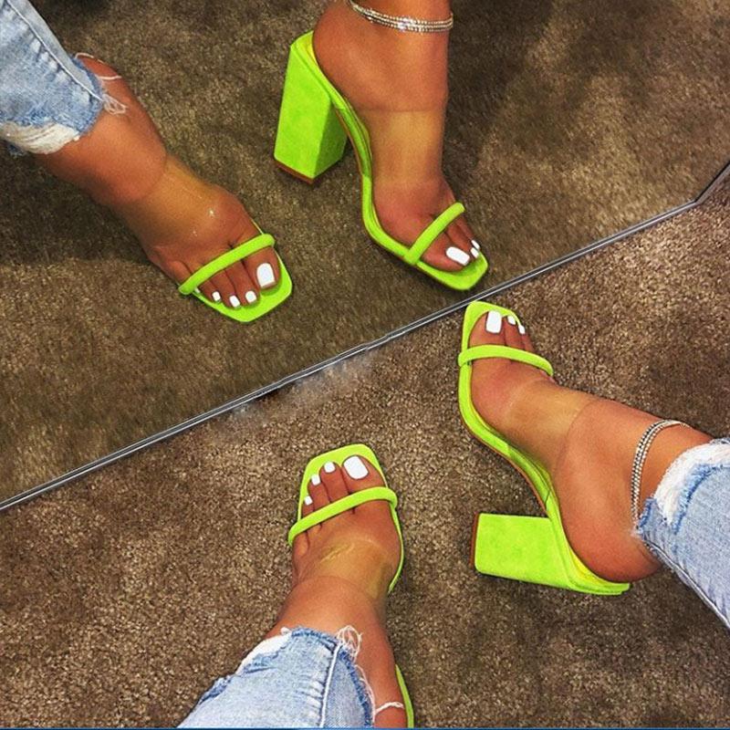 Las mujeres transparentes de los zapatos de las sandalias del verano de Jalea Slides Mujer Resbalón cómodo Suede Tacones altos abiertos al aire libre de las señoras del dedo del pie 2020