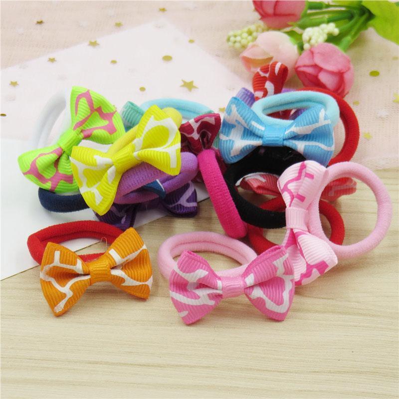 Bandas arco 200PCS / LOT ondulación pequeña cinta elástica de pelo para niñas Anillo hecho a mano de la pinza de pelo del niño Scrunchy Accesorios para el cabrito