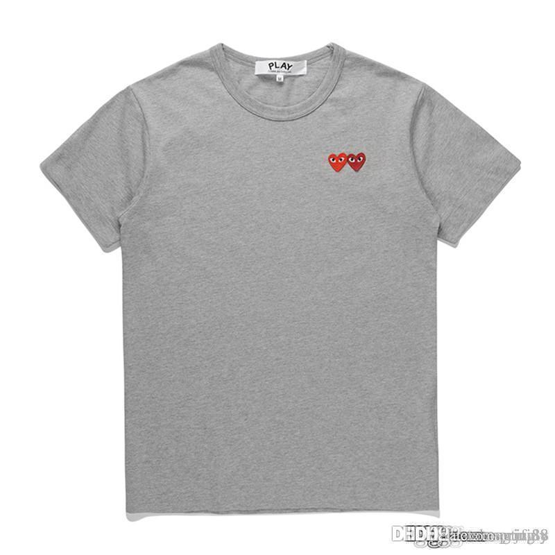 2018 COM alta calidad diseñador hombres mujeres CommeS gris nuevo bordado doble corazón manga corta camisetas bordado corazón rojo Tee
