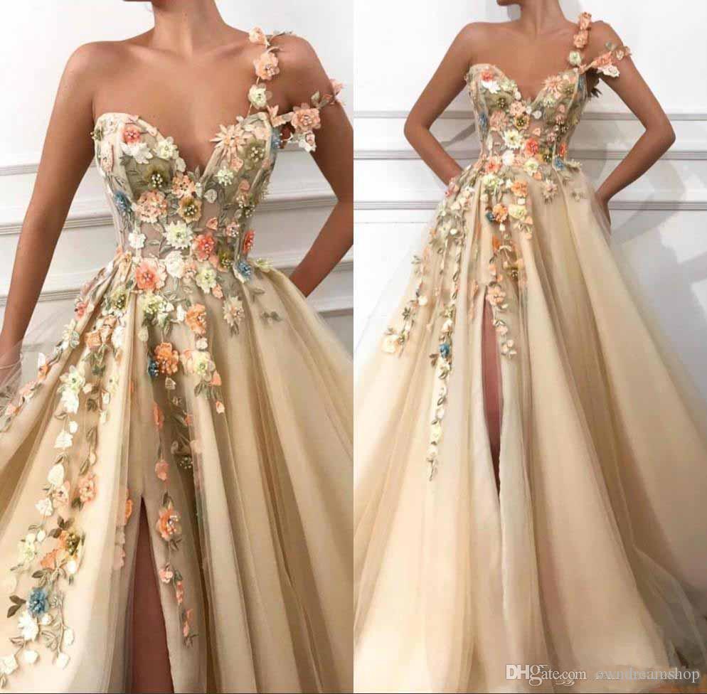 Una spalla Tulle Un pizzo floreale Prom Dresses linea lunga 3D Applique in rilievo Split pavimento-lunghezza Abiti da sera del partito formale