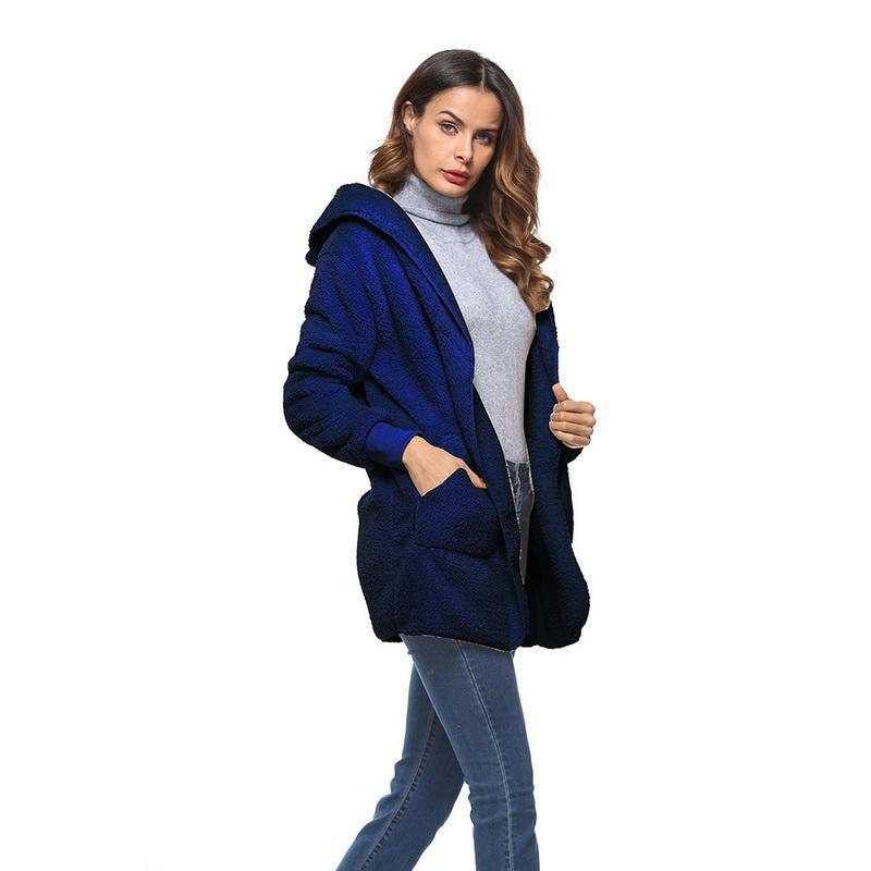 Chaquetas de mujer S-5xl 2021 Faux piel de peluche de peluche de peluche de peluche Mujer Moda de moda Oferta de invierno con capucha