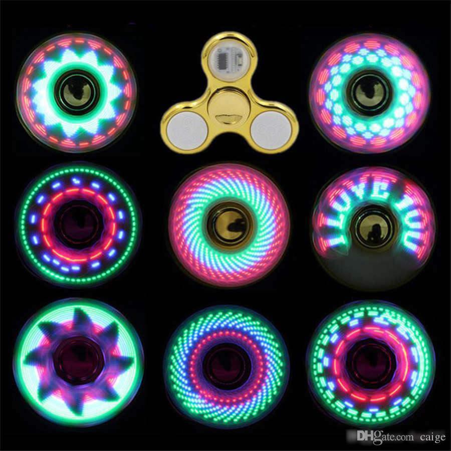 Raffreddare più cool ha condotto la luce che cambia filatori Fidget giocattoli bambini giocattoli auto cambiamento modello 18 stili con luce arcobaleno fino filatore mano