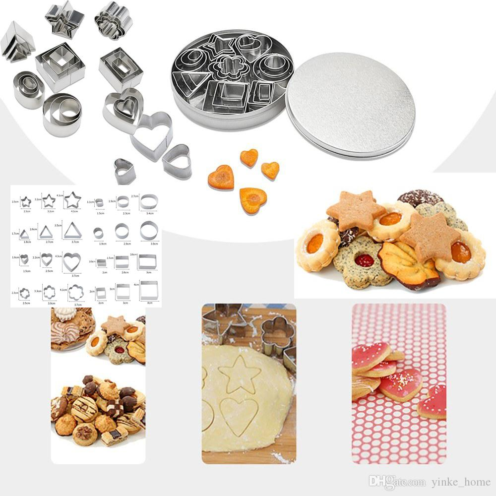4 Pcs Stainless Steel Bread Cookie Sandwiches Cutter Set Molds with Silicone