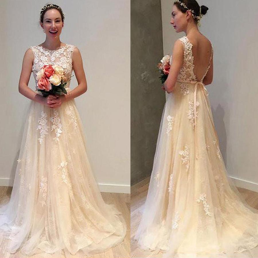 Romantique dentelle Jewel décolleté A-ligne de robe de mariage avec dentelle perlée manches appliques dos ouvert Robe de mariée
