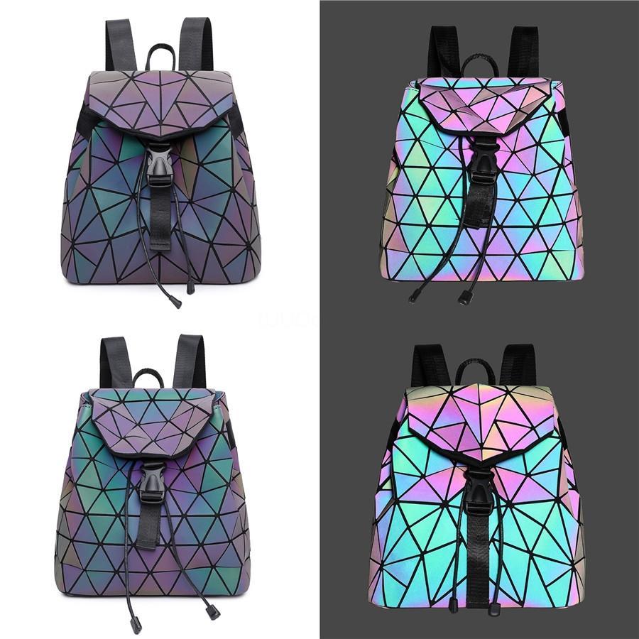 Designer di lusso donne zaino metallo Rivetti Pu piazzetta sacchetti casuali del cellulare Sacchetti della signora spalla del laser per il partito T200409 # 215