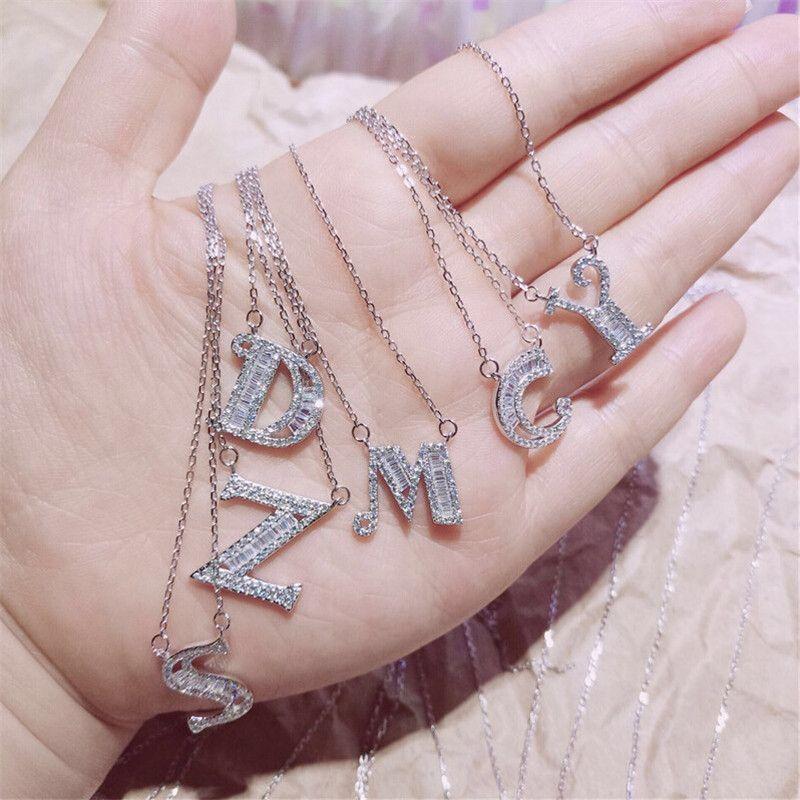 26 Carta Intial Alfabeto Pingente Colar Para As Mulheres Cristal CZ Zircão Colar Prata A-Z Nome do alfabeto Nome Colar Festa Jóias Presentes