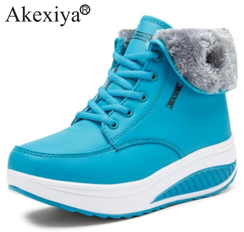 Zapatos para caminar Akexiya invierno Mujeres con la piel zapatos atléticos de la mujer del deporte de la cuña zapatillas de deporte de las señoras de aumento de la altura de fitness