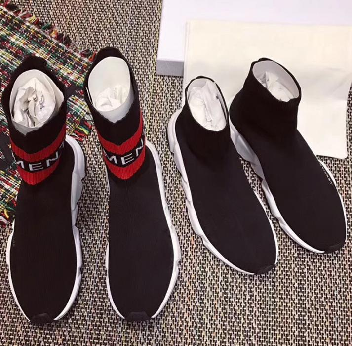 2018 Atacado Sock Corrida Runners Homens Mulheres Black Red White Designer Running Shoes Casual velocidade Trainers Sneakers Top Quality Com Box z1
