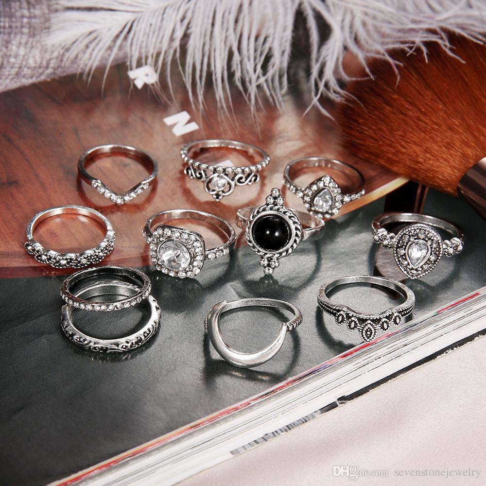Silver Retro Ancient Silver Diamond Glass Moon Ring Set Retro Knuckle Ring Set for Female Girl Stacked Rings Set Hollow Carved