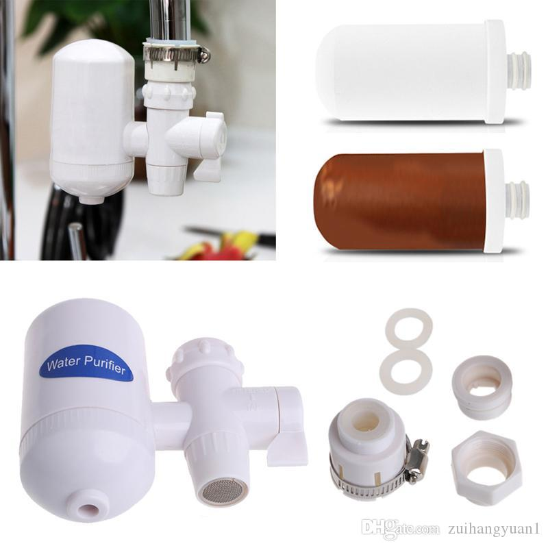 Pulire il filtro dell'acqua di rubinetto di ceramica della cartuccia di inchiostro per cucinare a casa
