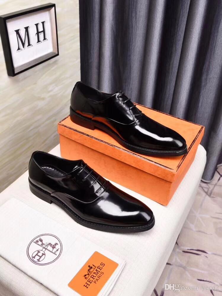 En lüks Yeni Moda Erkekler Elbise Ayakkabı Düğün Parti Hakiki Deri Ayakkabı Retro Brogue Iş Ofis Erkekler Flats Oxfords Boyutu 38 ~ 45