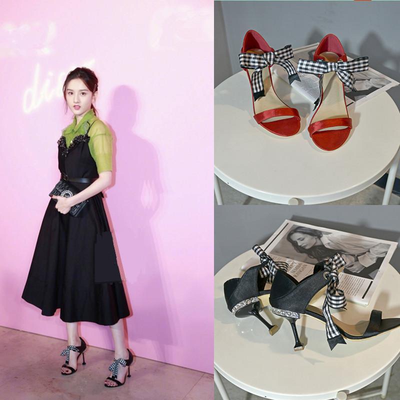 Una hebilla con finas sandalias con sandalias Arco vendaje Rojo Zapatos nuevos de tacón alto frescos Gato con punta de hada
