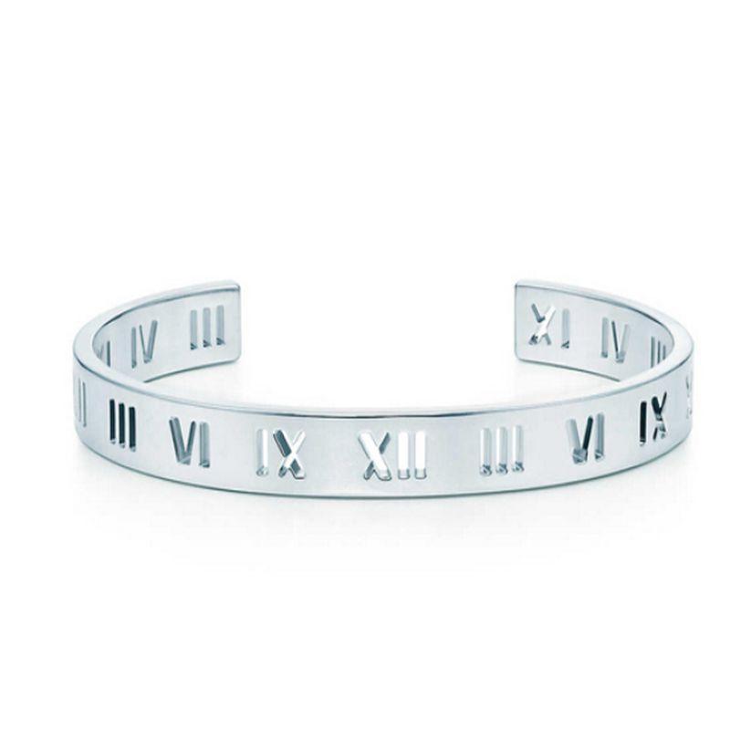 Hot vente T Designer creux Bracelet pour les femmes Roman Numeral Mode Qualité haut de gamme pour femmes Bijoux avec de l'or en or rose Couleur Argent