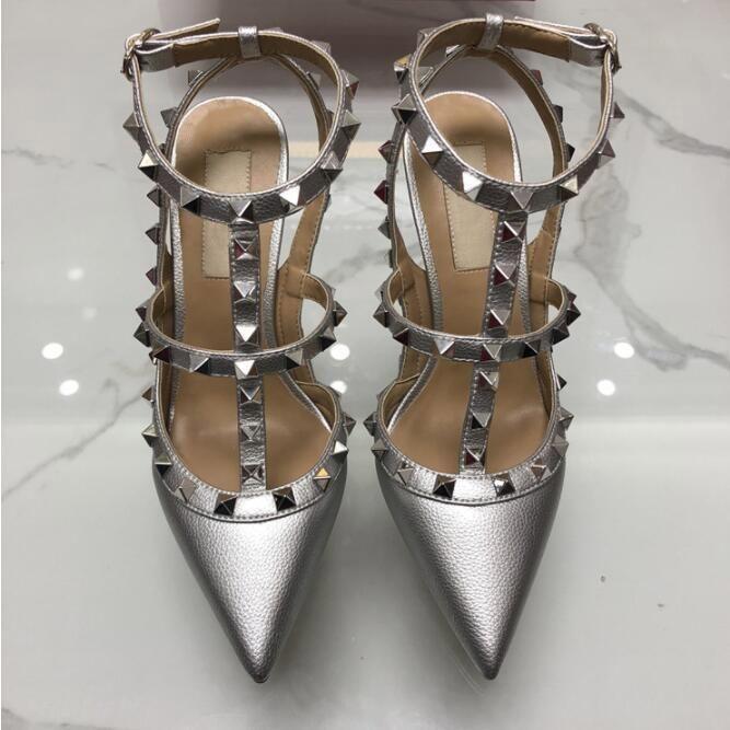 2019 mujeres de la marca Bombas zapato de la boda la mujer de la sandalia de los tacones altos desnudos de la manera correas del tobillo de los remaches se inclina los zapatos atractivos de los altos nupcial ShoeL14