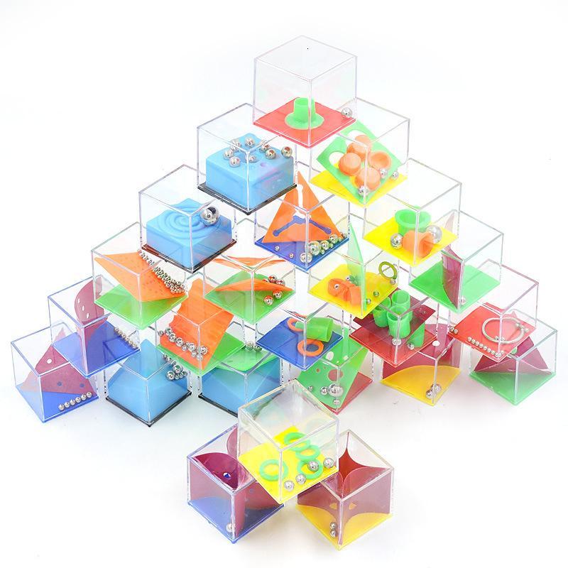 24 pçs / caixa Cubo Alívio do Estresse Brinquedo Descompressão Bola Labirinto Contas Novidade Quebra-cabeça Crianças Inteligência Presentes de Aniversário SH190913