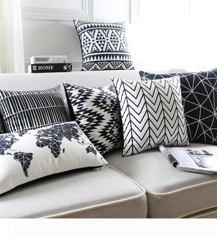 Image en noir et blanc Coussin Covers géométrique Triangles rayures Planisphère Coussin décoratif Coussin en velours Housse Pour Canapé siège