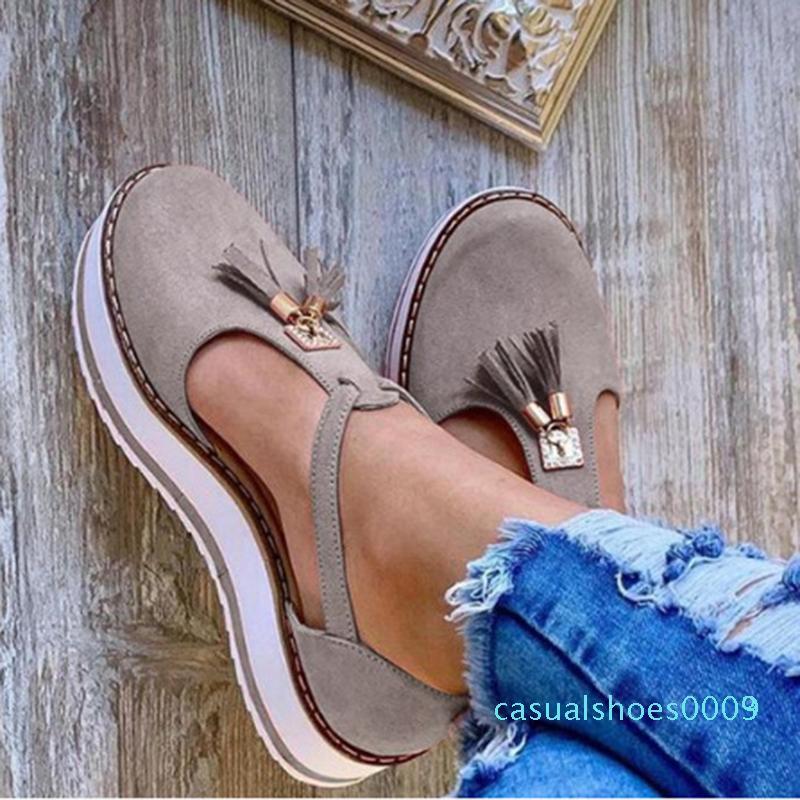 2020 sandali delle donne della nappa di estate scarpe basse in pelle PU fibbia gladiatore scarpe di lusso delle donne designer Zapatos de mujer Fringe C03