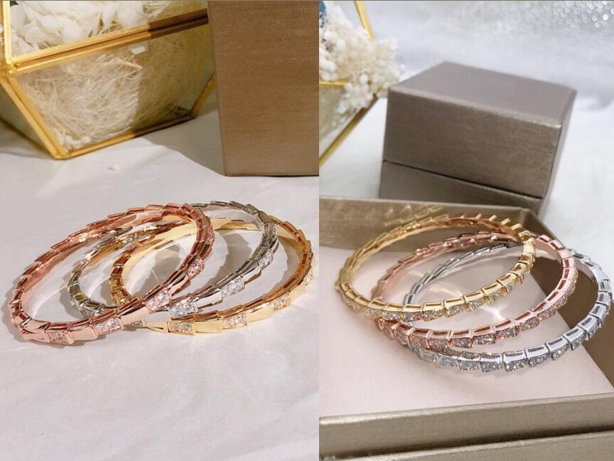حار بيع الأزياء سيدة نساء النحاس مطلية بالذهب 18K الماس الكامل والسلس مباعد الماس الأفعى الشكل تضييق نطاق الإسورة