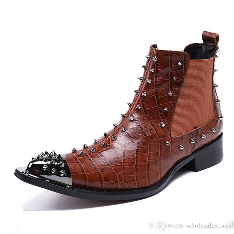 De plus Taille bout pointu piste homme main chaussures homme de bal Paty cloutés Bottes Rocker Spiked cheville de véritables hommes en cuir