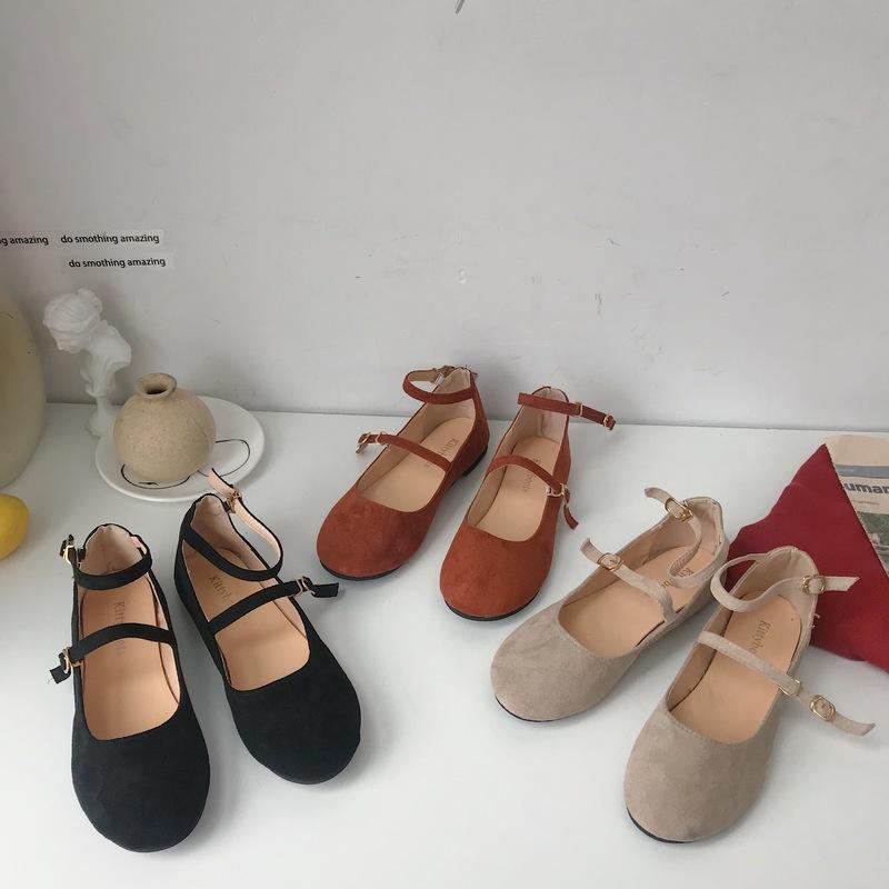 새로운 플랫 신발 단색 야생 패션 버클 스트랩 아사 쿠치 라운드 발가락 캐주얼 플랫 신발 여성 여성 W28-39