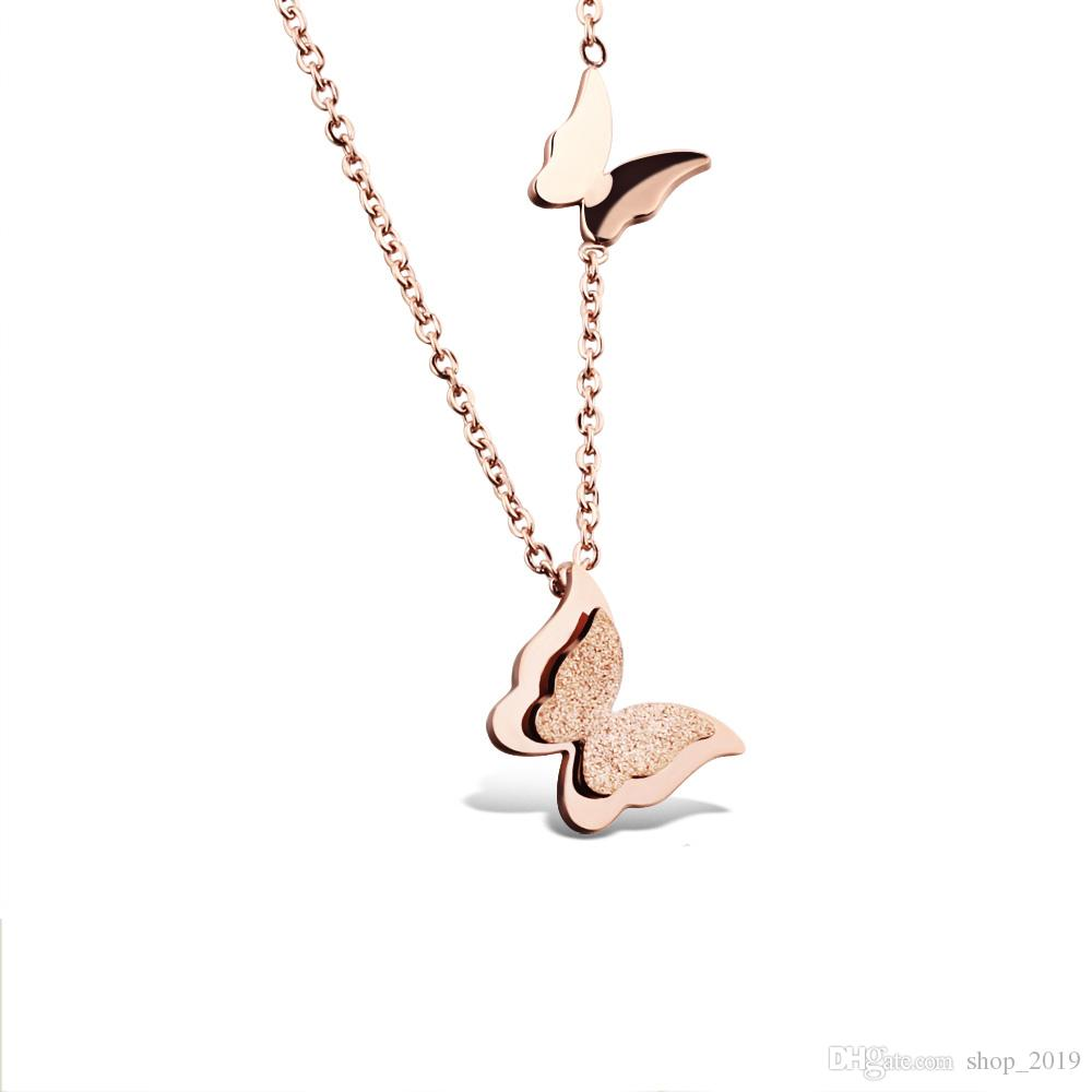 낭만주의 두 배 나비 목걸이 티타늄 강철은 여자 목걸이를위한 목걸이를 두드리는 금 나비 로즈 골드 로즈 골드 컬러 링크 체인 FS27