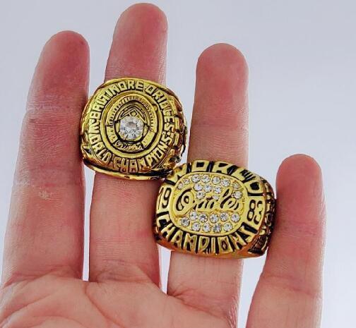Fine conmemorar Anillos BALTIMORE 1970 1983 ORIOLES anillos de campeonato mundial del ventilador al por mayor del regalo de los hombres envío de la gota 2piece / lot