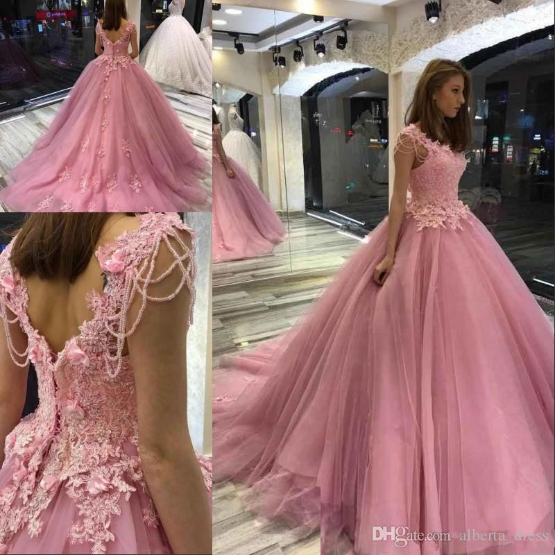 Özel Boncuklu Off Omuz 3D-Aplike Lace Up Geri Sweet 16 Balo Elbise Sweep Tren Bir Çizgi Prenses Parti Abiye ile Quinceanera Modelleri