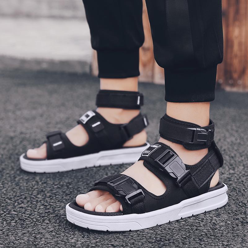 Gladiatore scarpe Per il progettista degli uomini della caviglia Sandali Mens alla moda Uomini Sandali Beach scarpe nere White Beach Water