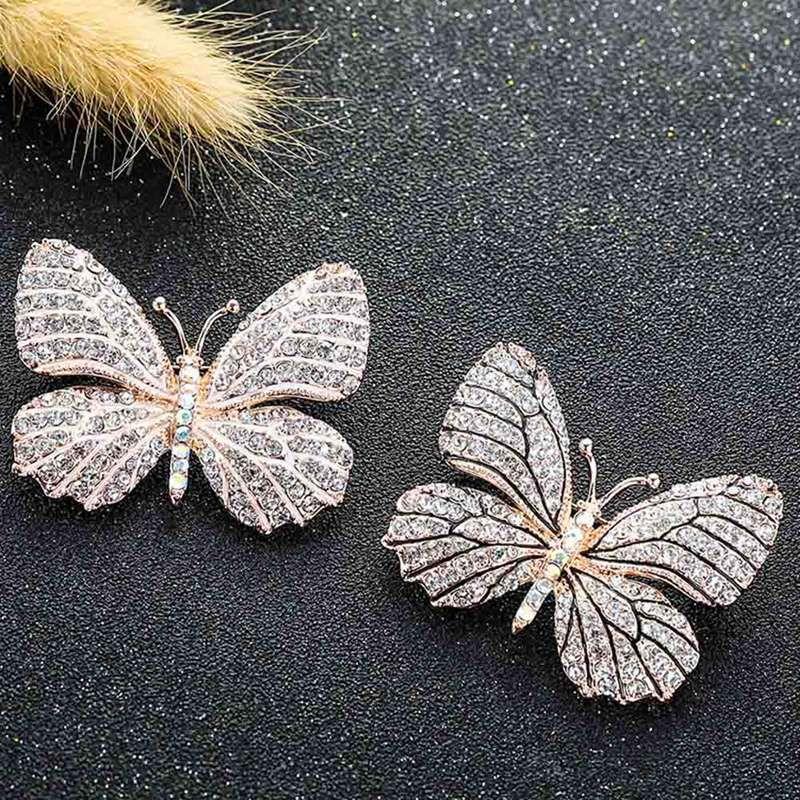 Mulheres da cor do ouro Pedrinhas borboleta Broches Pinos Suit Brasão vestido de camisola clipes Moda Jóias Roupas Decoração