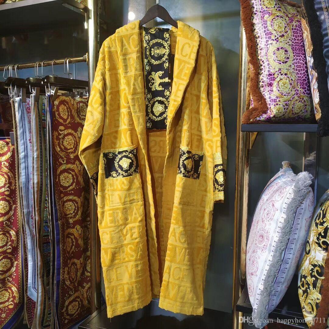Designer di lusso Signage V marca accappatoio in cotone 100% Egitto stampata per gli uomini e Ladies Home Fashion Wear Home Abbigliamento Famiglia amanti warmgift