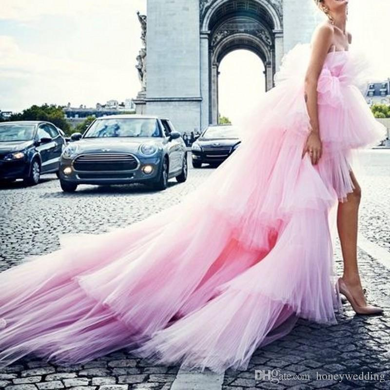 2019 Fashion Rosa Tiered High Low Tutu Prom Dresses Fuori dalla spalla Puffy Long Prom Gowns Chic Tulle Prom Gown