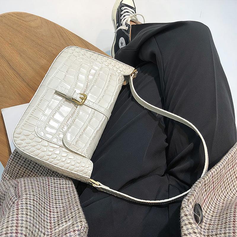 Vintage Clamshell de cuero de vaca cocodrilo hombro del patrón del bolso femenino de las axilas bolsa pequeña Baguette moda retro Señora monederos Pochet